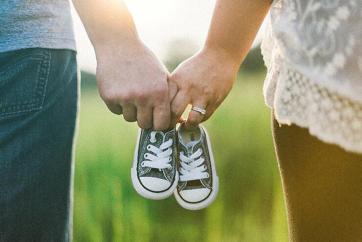 Die ersten Schuhe für das Baby kaufen