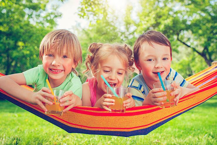 10 erfrischende und gesunde Getränke-Ideen für Kinder