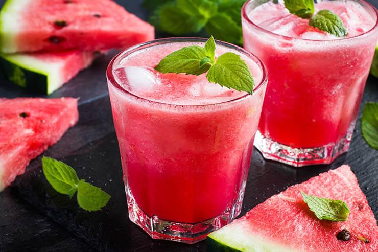 Die spannende Wassermelonen-Erdbeer-Limonade